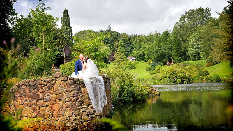 Picture Box - Staffordshire Weddings, Wedding Photography Staffordshire, Consall Hall Gardens, Consall Hall Weddings